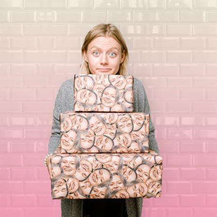 Geschenkpapier mit Multi-Gesicht
