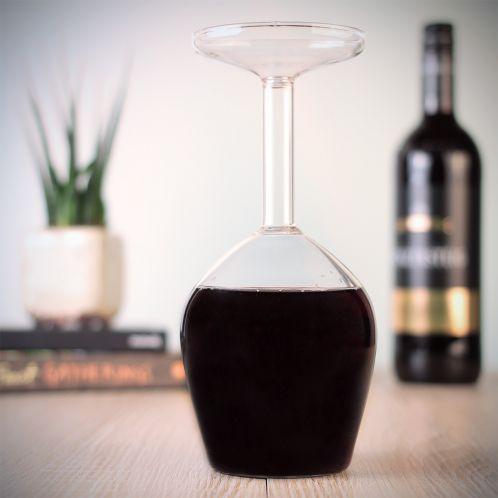 Das verkehrte Weinglas