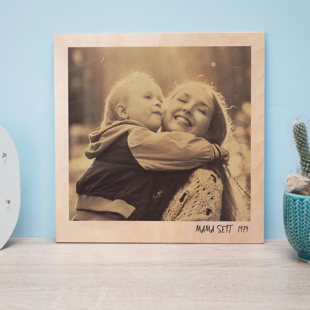 geschenk für mama personalisierbares holzbild im polaroid look