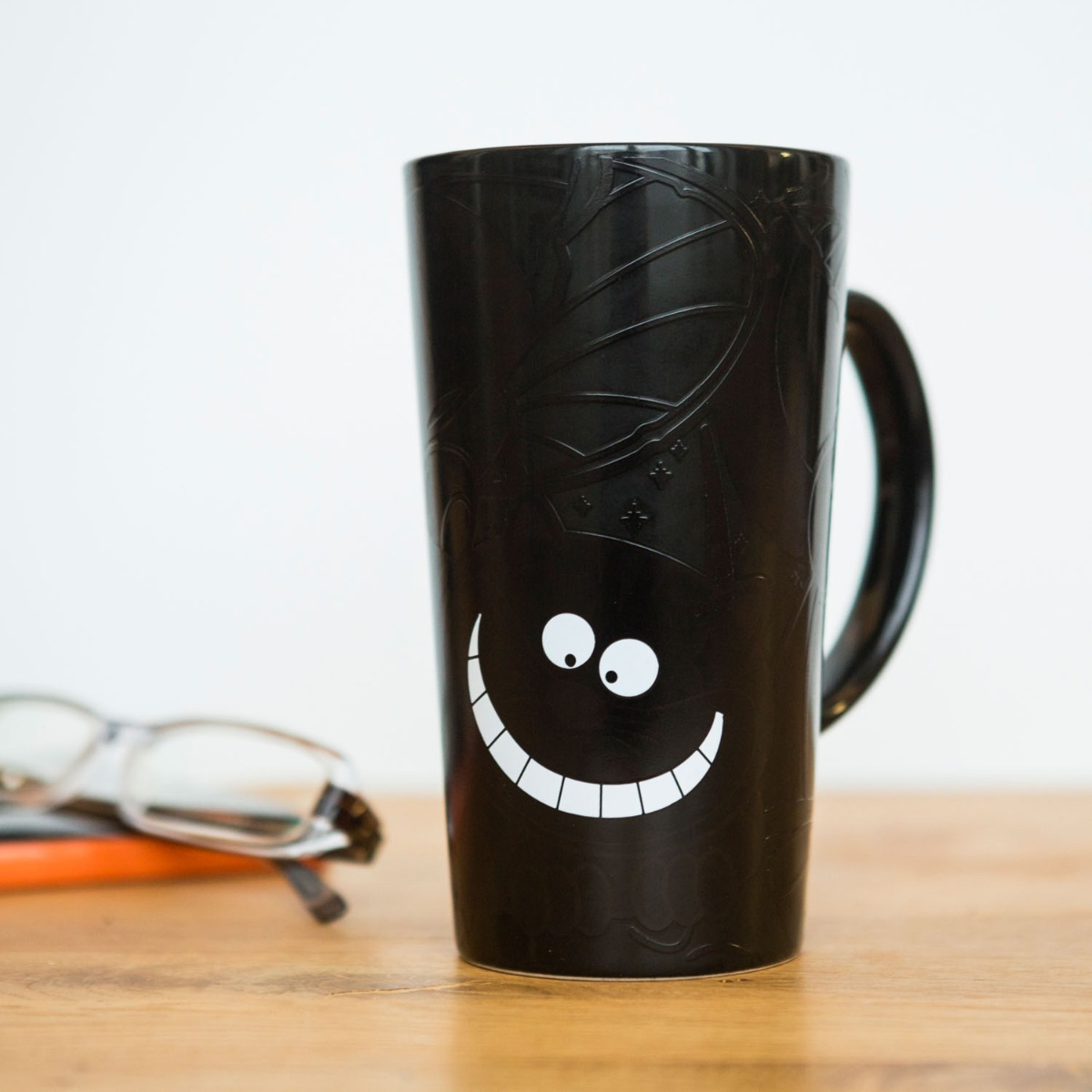 Wärmeempfindlicher Grinsekatze Kaffeebecher