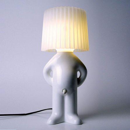 Mr. P. Lampe mit Schirm