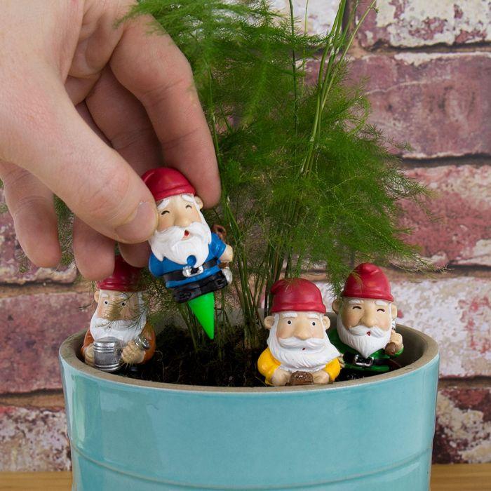 Mini-Gartenzwerge im 4er-Set