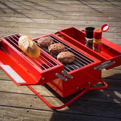 Sommer Gadgets - Werkzeugkasten Grill