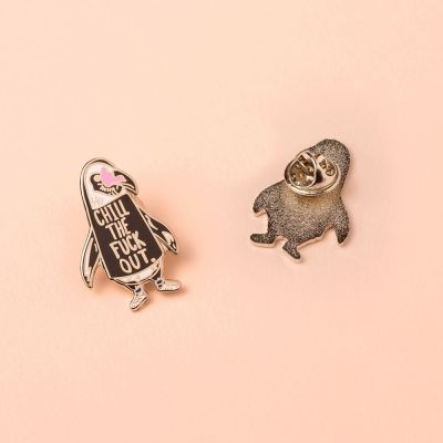 Accessoires - Chill Out Pinguin Anstecknadel