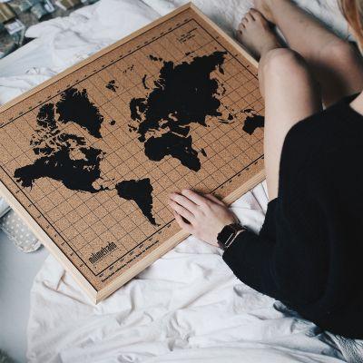 Geschenke für Bruder - Kork-Pinnwand Weltkarte