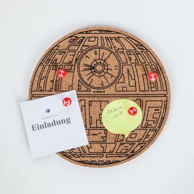 Weihnachtsgeschenke für Männer - Star Wars Todesstern Pinboard