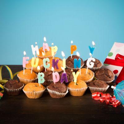 Geschenke für Bruder - Happy Fucking Birthday Kerzen