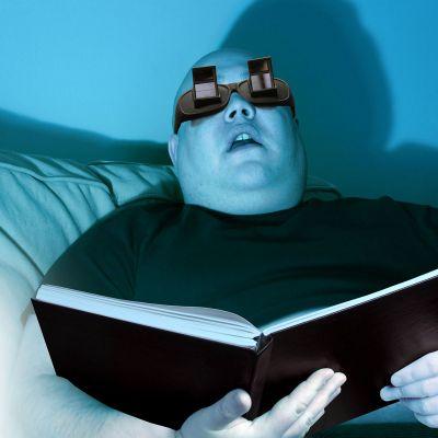Wichtelgeschenke - Winkelbrille zum Lesen im Liegen