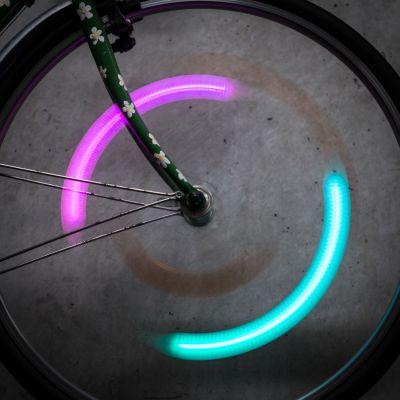 Geburtstagsgeschenk für Freundin - SpokeLit Fahrrad Speichenlicht mit Farbwechsel