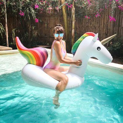 Geschenke für Frauen - Schwimmendes Einhorn