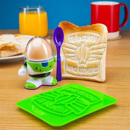 Buzz Lightyear Eierbecher mit Toast-Schablone