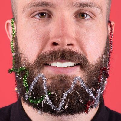 Adventskalender füllen - Weihnachts-Licht-Girlande für den Bart