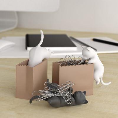 Spaß im Büro - Büroklammerspender Katze mit Sack