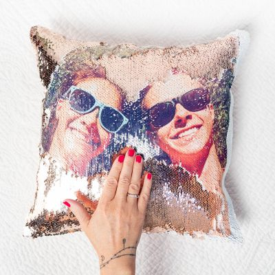Geschenke für Frauen - Personalisierbarer Pailletten Kissenbezug mit verstecktem Foto