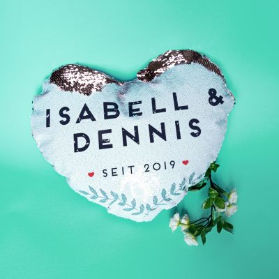 Geschenk für Paare - Personalisierbarer Pailletten Kissenbezug in Herzform mit Namen