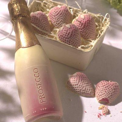 Süßigkeiten - Prosecco und Erdbeeren aus Schokolade