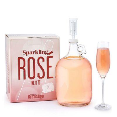 Rosé-Schaumwein zum Selbermachen