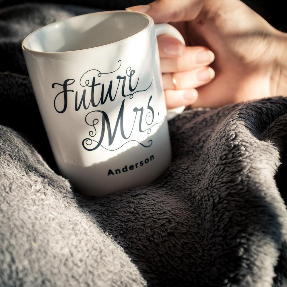 Personalisierbare Tasse Future Mrs.